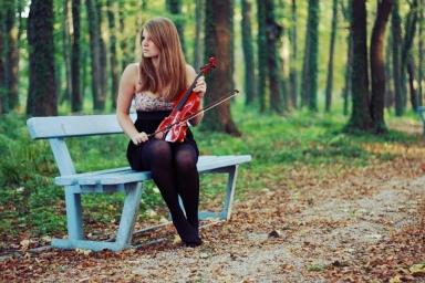 woman_girl_violin_forest_skrzypce_dziewczyna_las