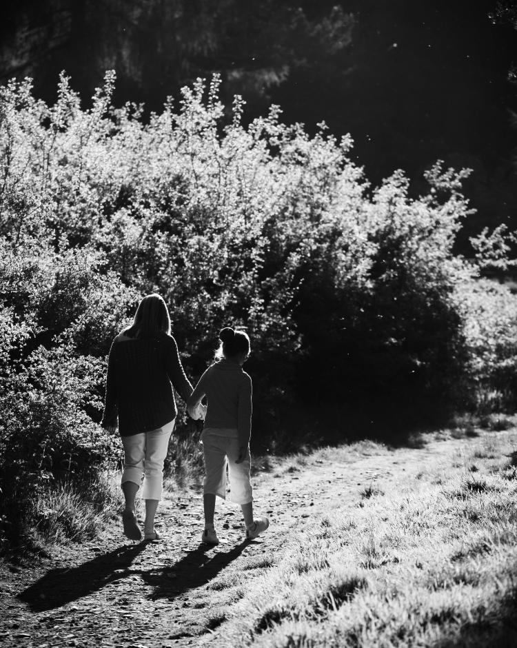 walking_in_sun