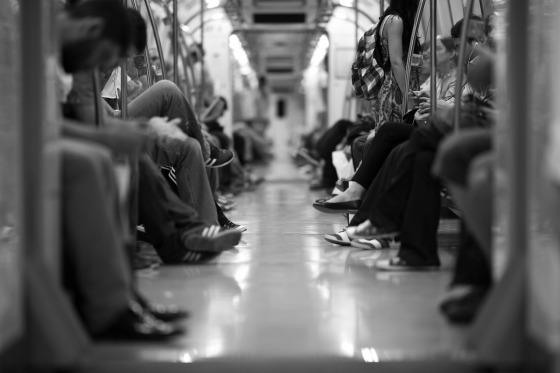 train-2373323_1280